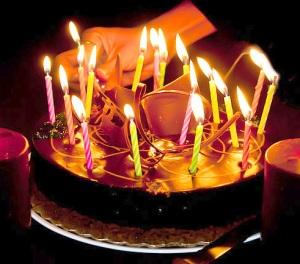 By Vikas Bhardwaj (Flickr: Happy Birthday!) [CC-BY-SA-2.0 (www.creativecommons.org/licenses/by-sa/2.0)], via Wikimedia Commons